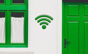 Home powerline network configuration